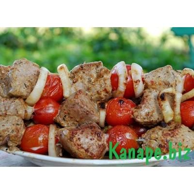 Шашлык из телятины с помидорчиками