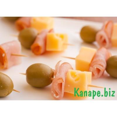 "Канапе ""Ветчина, сыр,оливка"""