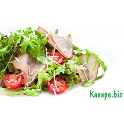 Салат с пармой и руколлой