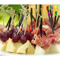 Ассорти фруктов сыра и мяса